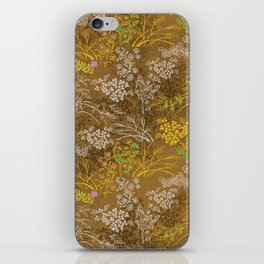 Golden floral japanese pattern iPhone Skin