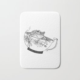 Pacific Northwest Tree Frog Riding in a China Teacup Bath Mat