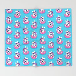 Frenchie enjoys Summer on Flamingo Pool Float in swimming pool Throw Blanket