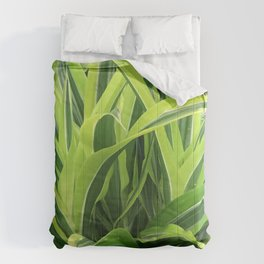 Exotic Lush Green Leaves Comforters