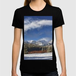Rocky Mountain Park  by Lena Owens T-shirt