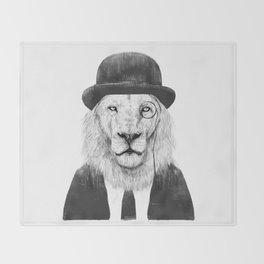 Sir lion Throw Blanket