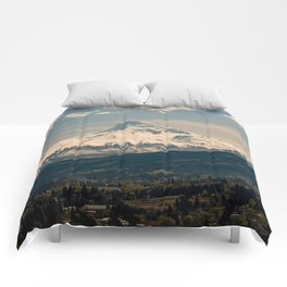Mountain Valley Pacific Northwest - Nature Photography Comforters