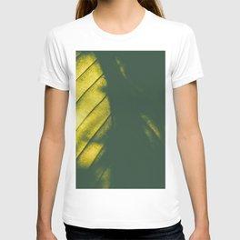 big green leaf, T-shirt
