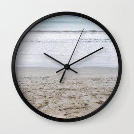b e a c h Wall Clock