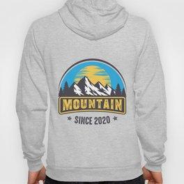 Mountain Logo Adventure Style Hoody