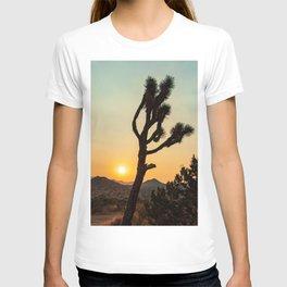 Joshua Tree Desert Vibes (Teal and orange) T-shirt
