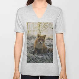 CLOSE-UP PHOTOGRAPHY OF FAX SITTING ON GREEN GRASS FIELD AT DAYTIME Unisex V-Neck
