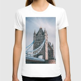London, England 31 T-shirt