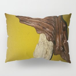 """Bijoux Makooloka """"l'envolée du cheval rouge"""" Pillow Sham"""