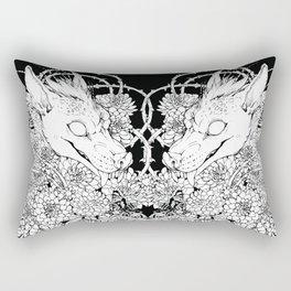 Chupacabra en las flores Rectangular Pillow