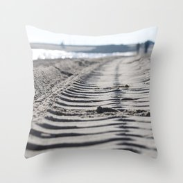Traces in the sand 2 Throw Pillow