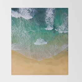 Ocean from the sky Throw Blanket