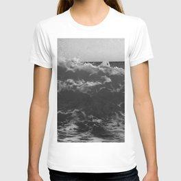Black & White Sea Waves Photography Art Print T-shirt