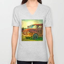 Old Rusty Bedford Truck Unisex V-Neck