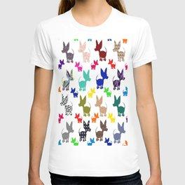 colorful chihuahuas on parade  T-shirt