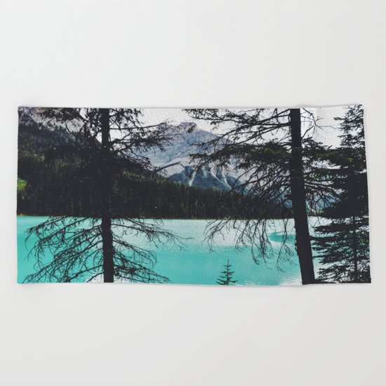 The mountains are calling and I must go Beach Towel