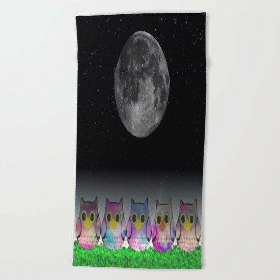 owl-5 Beach Towel