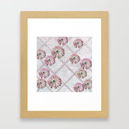 retro pink daisies Framed Art Print
