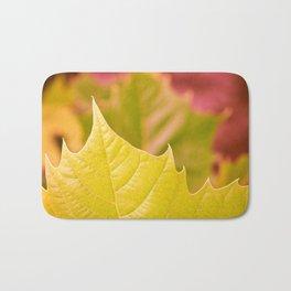 Golden Olive Sycamore Leaf Bath Mat