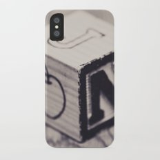 Toy cube... Monochrom iPhone X Slim Case