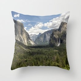 Tunnel View - Yosemite National Park Throw Pillow