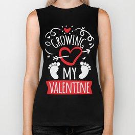 Growing my Valentine cute kissing baby feet Biker Tank