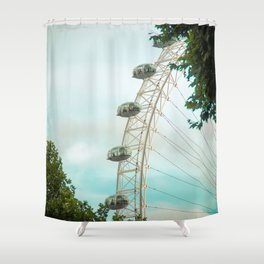 In love whit London I Shower Curtain
