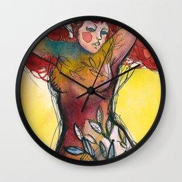 donna albero con capelli rossi Wall Clock