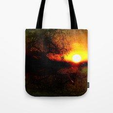 Crépuscule Tote Bag