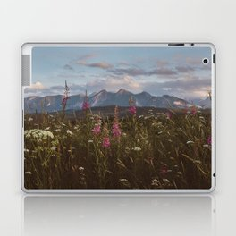 Mountain vibes - Landscape and Nature Photography Laptop & iPad Skin