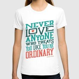 Never Ordinary - Oscar Wilde T-shirt