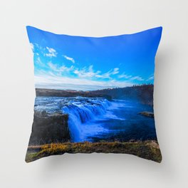 Waterfall. Throw Pillow