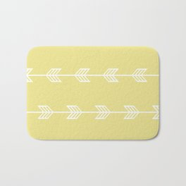 Running Arrows in White and Yellow Bath Mat