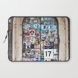 La Porta al Piazza di Genova a Catania Laptop Sleeve