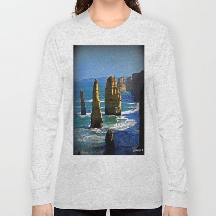 Limestone Rock Stacks - Twelve Apostles Long Sleeve T-shirt