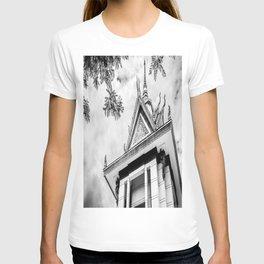 Killing Fields Stupa in Black & White, Cambodia T-shirt