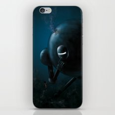 Smooth robot iPhone & iPod Skin