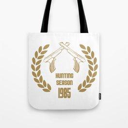 THE HUNTING SEASON 1985 - NINTENDO NES ZAPPER Tote Bag
