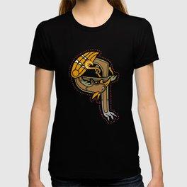Celtic Medieval Griffin Letter Q T-shirt