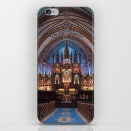 Montréal in November (7 of 11) iPhone Skin