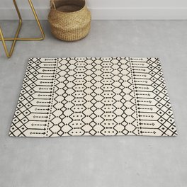N79 - Farmhouse B&W Traditional Boho Moroccan Style Design. Rug