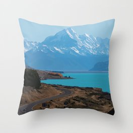 Aoraki/Mount Cook New Zealand Travel Artwork Throw Pillow