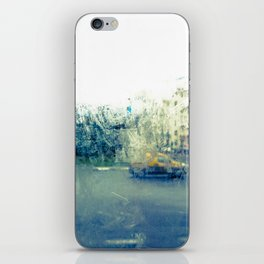 A través del cristal (color version) iPhone Skin