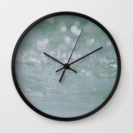 ocean viii / byron bay, australia Wall Clock