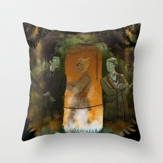 A Kettle and Some String - Doctor Who Throw Pillow