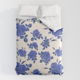 Beautiful seamless blue roses pattern on light background Comforters