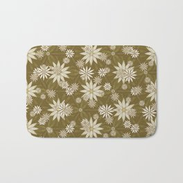 Vintage White Flowers Bath Mat
