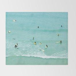 Surfing vintage. Summer dreams Throw Blanket