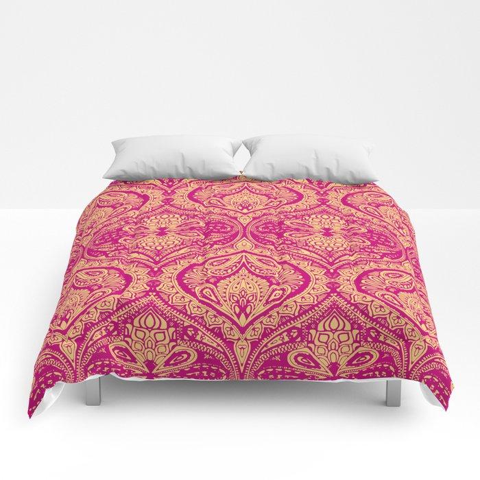 Simple Ogee Pink Comforters